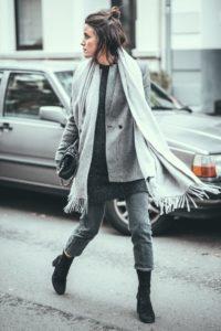 All-Grey-Layers-Outfit-Streetstyle-Düssedlorf-Lisa-Pedigrew